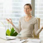 Jak sobie radzić po zwolnieniu z pracy?