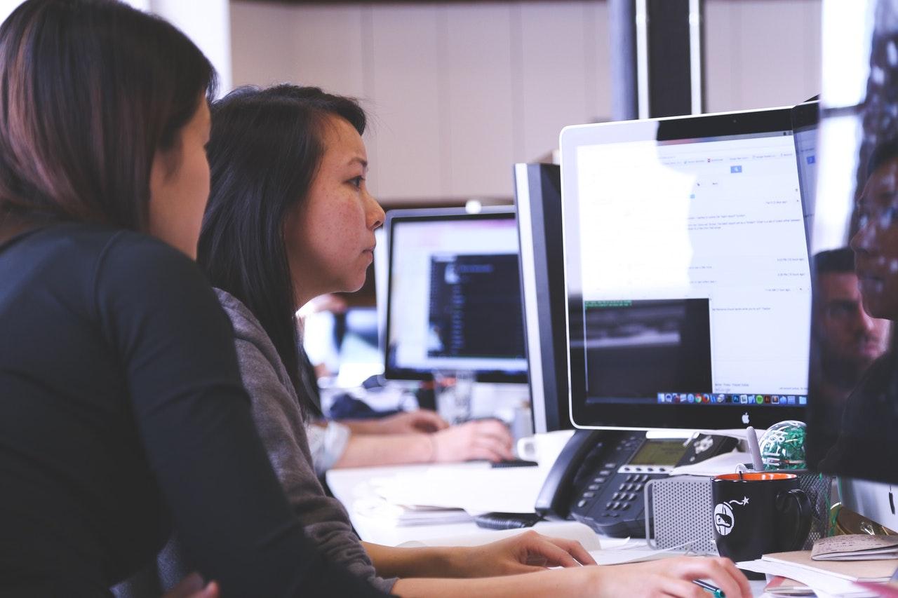 Optymalizacja czasu pracy w firmie. Jak się do tego zabrać?