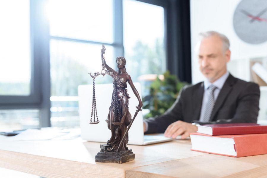 Jakie usługi prawne udzielane są przez kancelarie online?