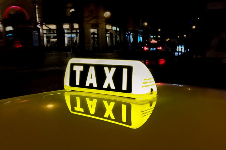 Kasy fiskalne do taxi – jaką kasę fiskalną wybrać do taksówki?